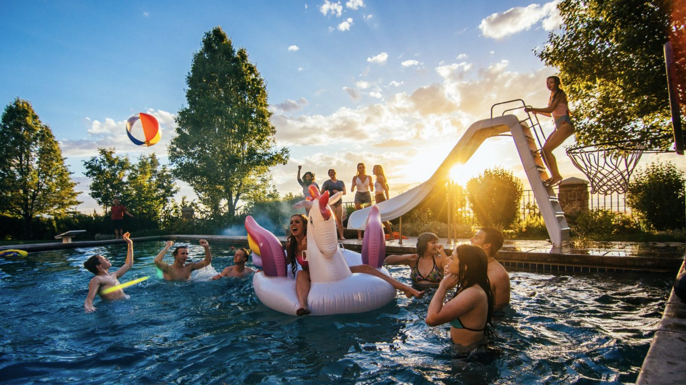 Outdoor Party Planning: Use These Tips to Throw a Backyard ...