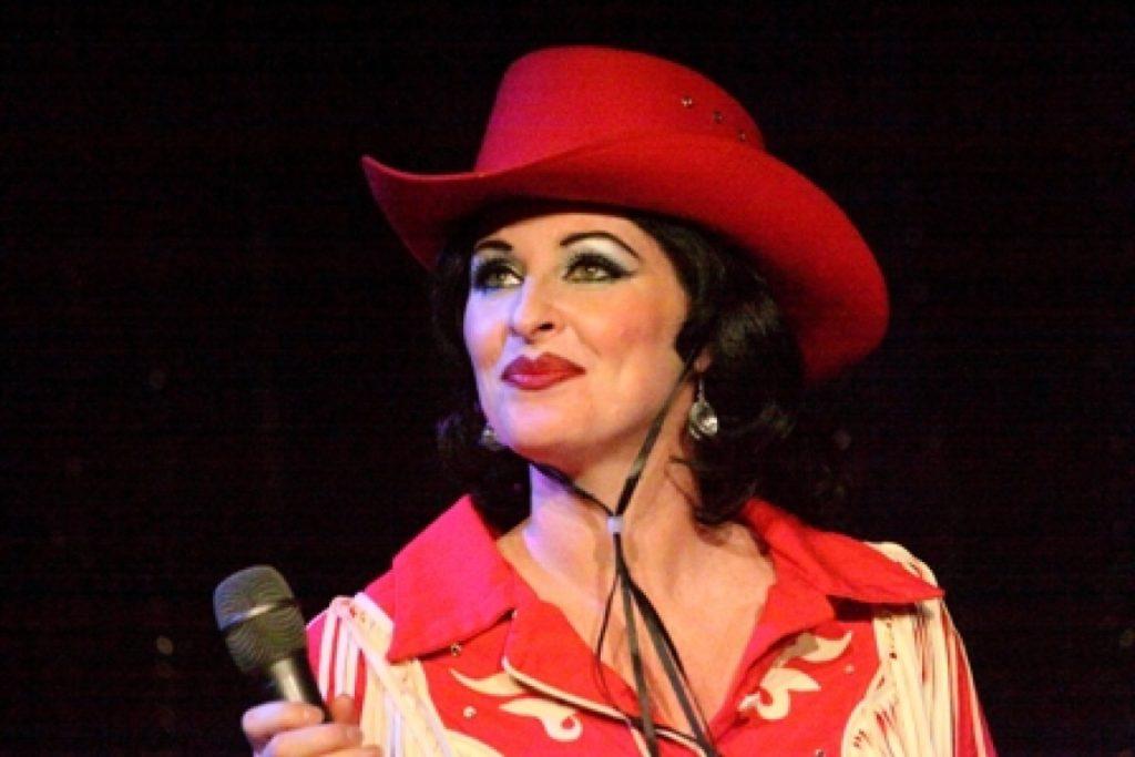 Bonnie Kilroe presents Country Queens